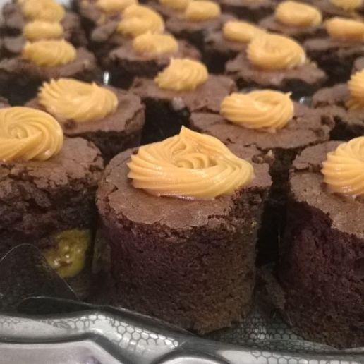 Canapés de brownie recheados Remary Doces [foto: divulgação]