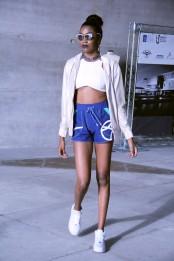 Modelo da designer de moda Flora Sant'anna. [foto: Luiza Bastos/Agência UVA- Barra].