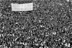 Passeata dos 100 mil-1968. [Foto: Evandro Teixeira].