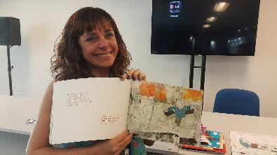 A escritora Andrea Viviana Taubman. Foto: Julia Dias / AgênciaUVA