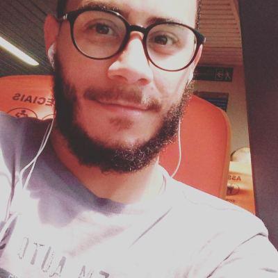 Fabiano Cunha, que se identifica com o conteúdo da literatura periférica. Foto: Rede social