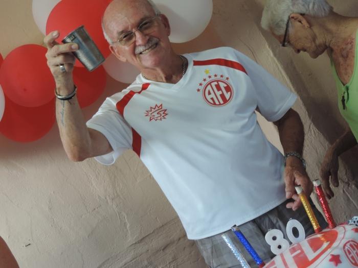 Senhor Zico, torcedor fiel do América. Foto: Álbum de família