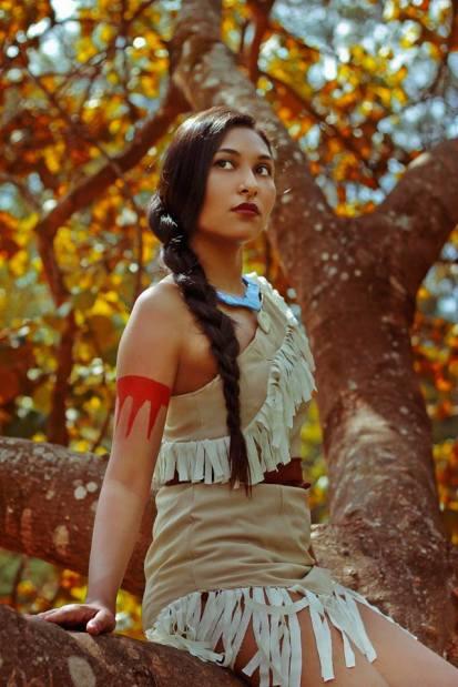 Fernanda Souza caracterizada da personagem Pocahontas.Foto: Jenniré Narváez