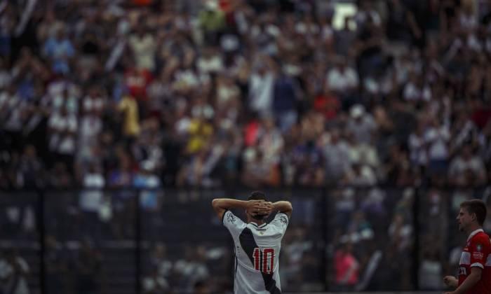 A frustação no campo trouxe impactos significativos na imagem do Vasco na mídia esportiva