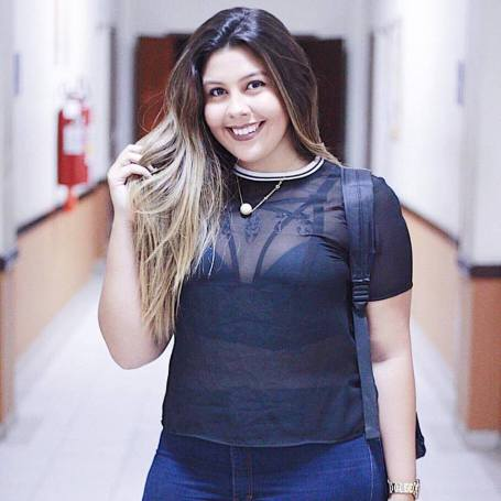 Criadora do canal e blogueira, Isabela Goulart