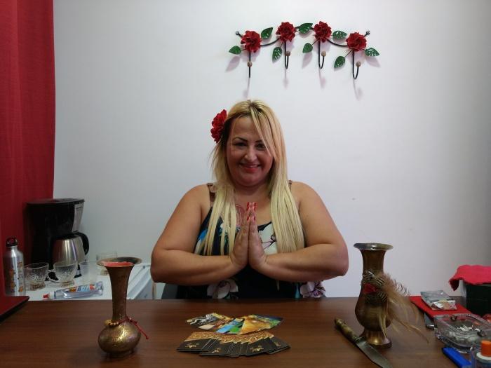 Sarah Zaad em seu consultório no bairro de Campo Grande, Rio de Janeiro (Foto Thais de Lima)