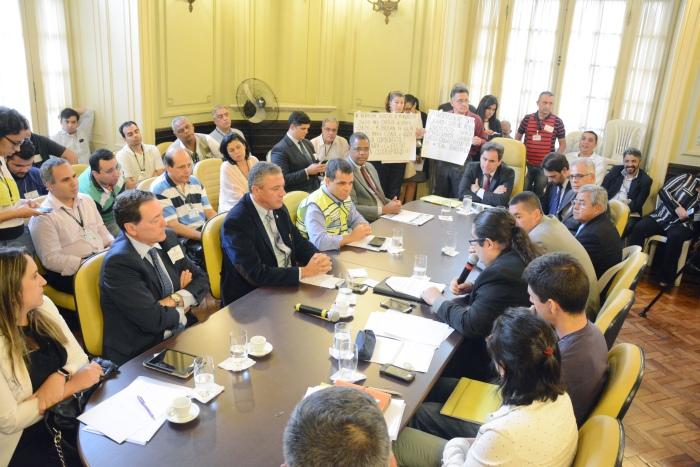 FOTO 2 + Décima sexta reunião da CPI + Renan Olaz-CMRJ