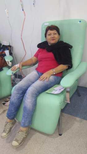 Dona Rosana durante o tratamento do segundo câncer. / Foto: Arquivo pessoal